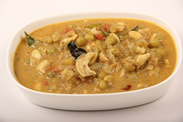 Photo of Cashew Nut and Green Peas Curry,Cashew Nut and Green Peas Curry Image